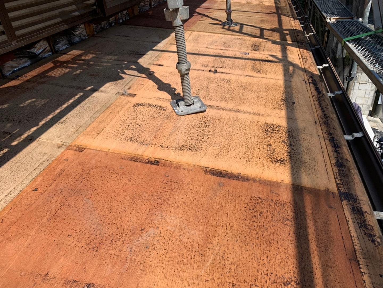 屋根葺き替え 古い屋根材の撤去
