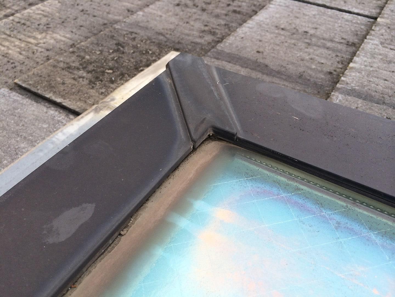 松下電工の電動開閉式の天窓 パッキン劣化状況