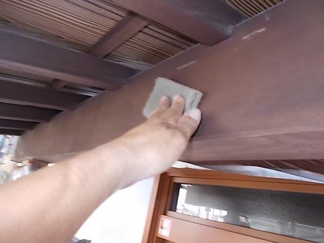 外壁塗装 玄関木部 下地処理