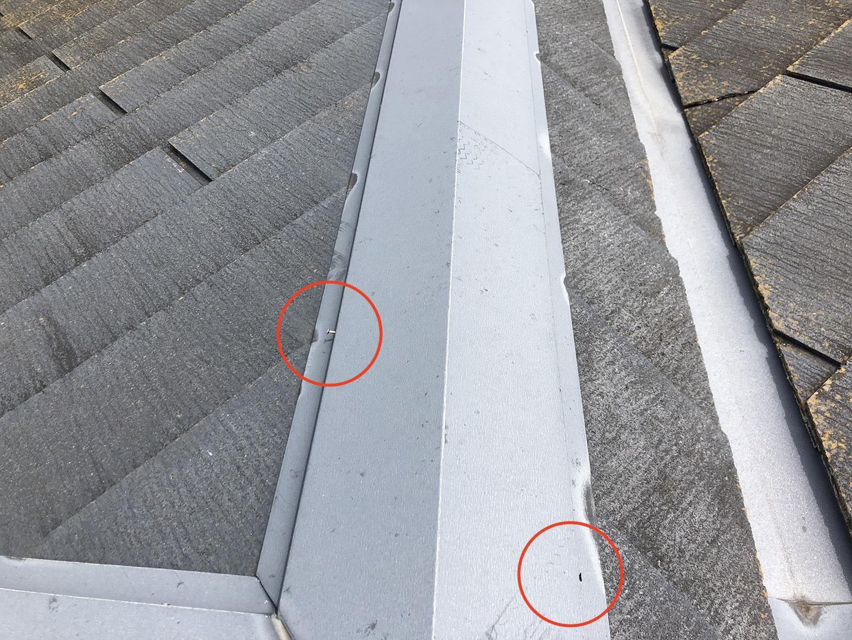 棟板金の固定釘の浮き