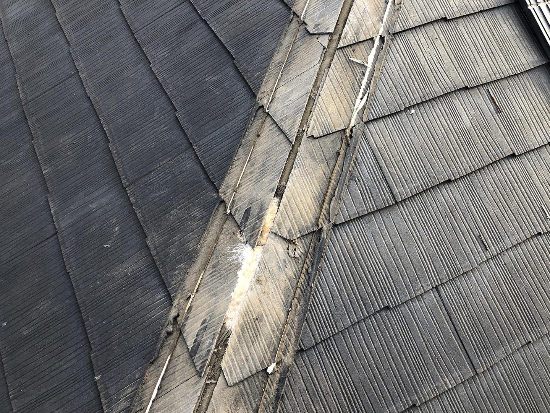 【横浜市鶴見区】スレート屋根の雨漏り、部分修理工事の事例 雨漏りの原因特定