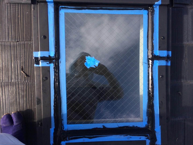 ベルックス天窓雨漏り修理事例 コーキング