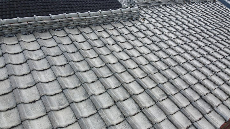 瓦屋根の台風対策「 ウッドロック 」施工事例と価格 工事前