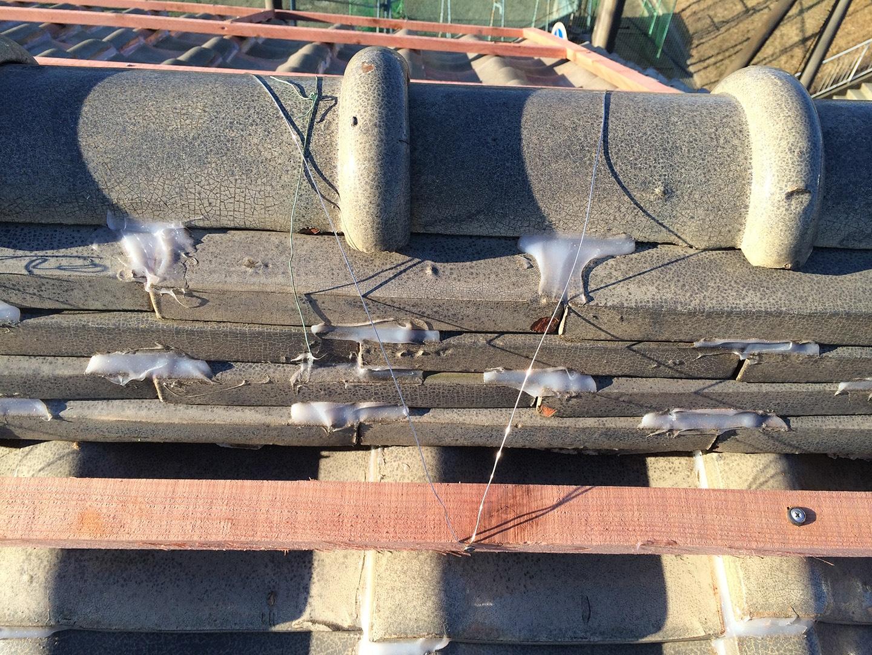 【さいたま市浦和区】瓦屋根の台風対策。瓦屋が考えた新しいラバーロックの工事事例と価格 棟瓦もウッドロックで固定