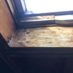 【東京都世田谷区】天窓のガラスパッキン劣化による雨漏りの修理工事の事例
