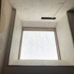 【横浜市青葉区】YKKAPの天窓のガラスパッキン劣化による雨漏りの予防メンテナンスの事例