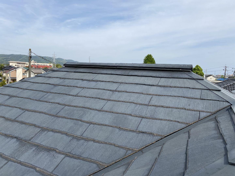 乾いている屋根材
