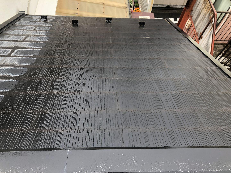 濡れている屋根材