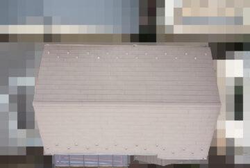 【東京都品川区】業者指摘の不安解消で、ガルバリウムの金属屋根のドローン点検の事例 全景