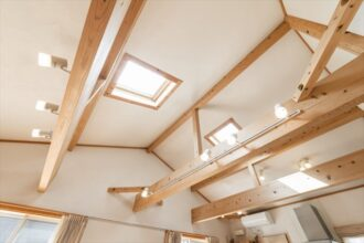 天窓を西向きに設置した際のメリットとデメリットを解説!