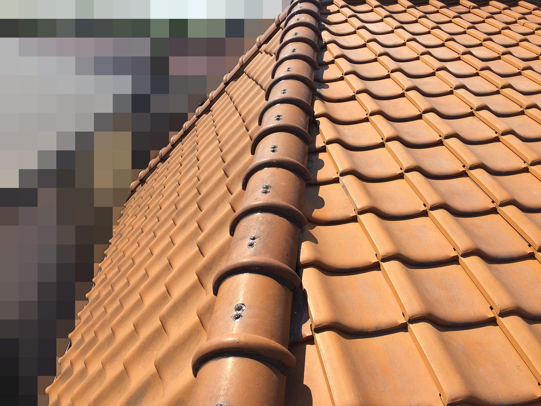 【千葉県船橋市】瓦屋根の雨漏り修理で、棟の一部の取り直し工事の事例 工事完了