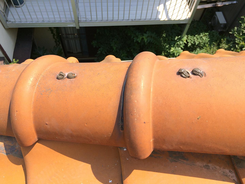 【千葉県船橋市】瓦屋根の雨漏り修理で、棟の一部の取り直し工事の事例 棟瓦の釘穴の止水シール
