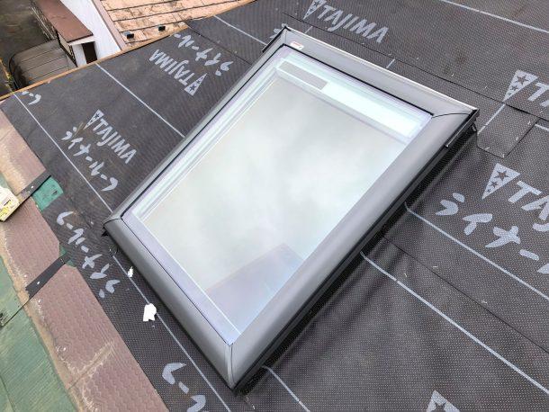 天窓の暑さ対策3:天窓を取り替える